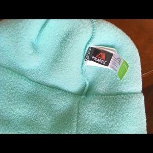 Bula Accessories - NWOT Bula Polartec Fleece Beanie c8902b83a20d